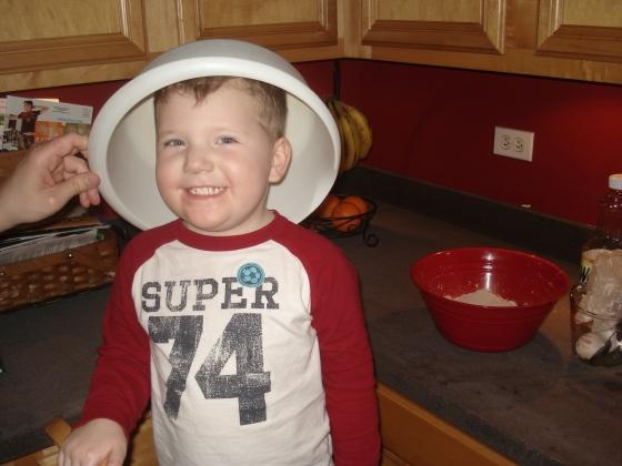 cutie kitchen helper