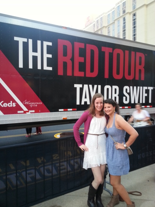 red tour bus