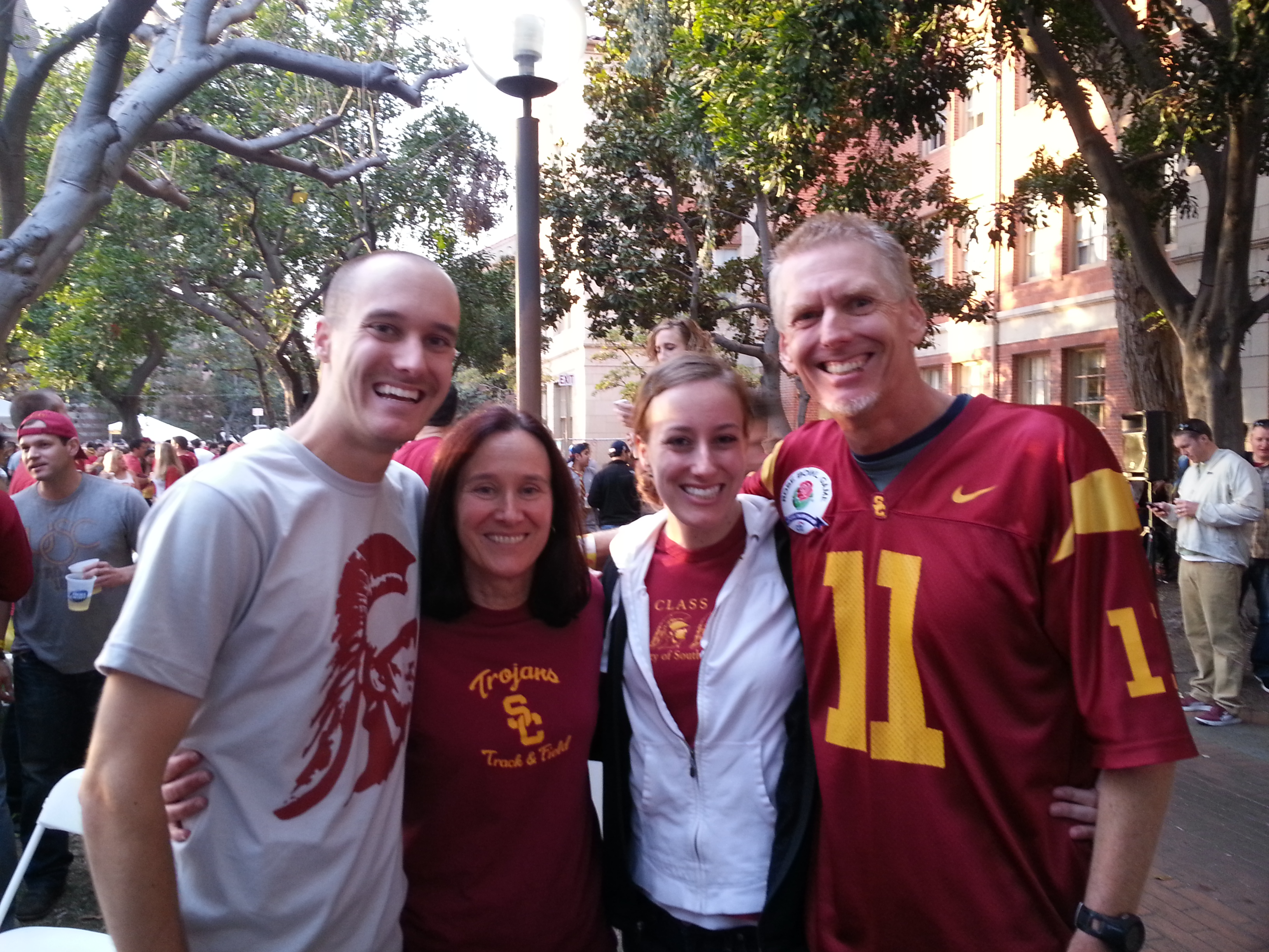 the USC game yesterday!! also, goals + meal plan for the week of 11 ...