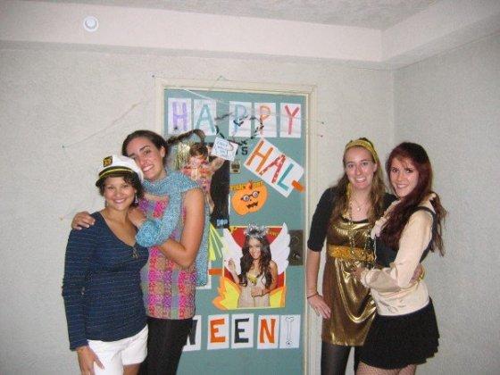 college halloween 2